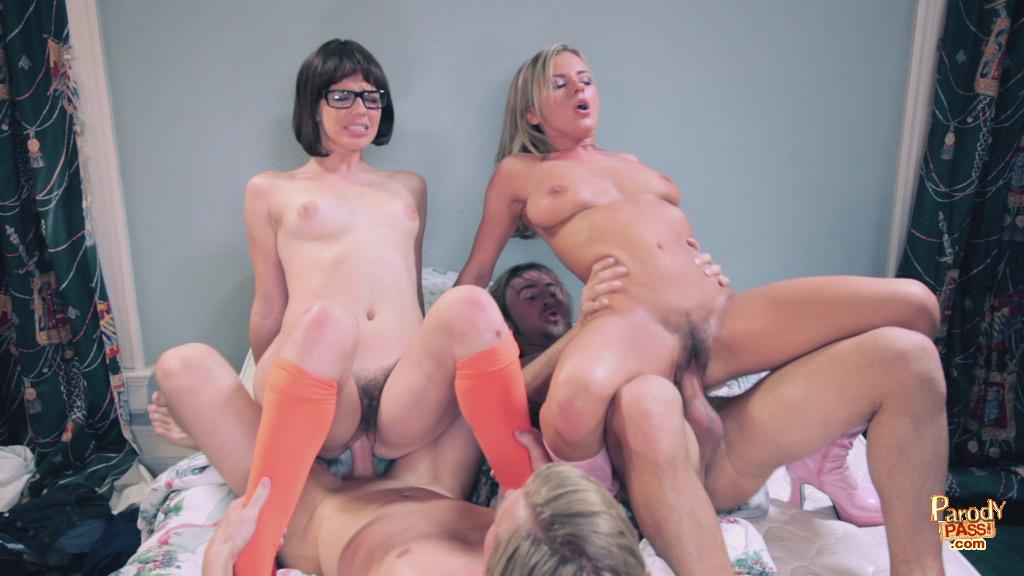 Смотреть онлайн порно пародии фото 57435 фотография